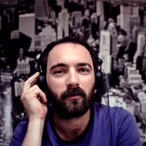 Olivier Bouton - Musicien chez Budapest, gérant de label